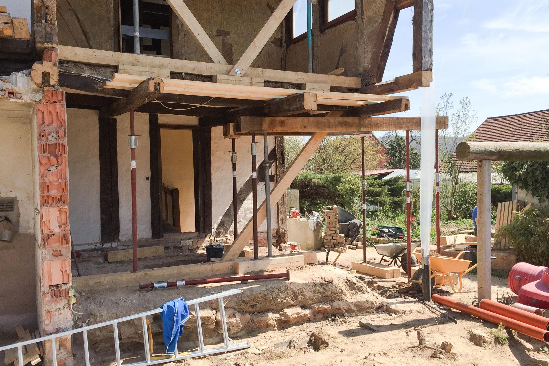 Foto Ryan Baugestaltung Fachwerkhaus Goettingen Baustelle Altbausanierung